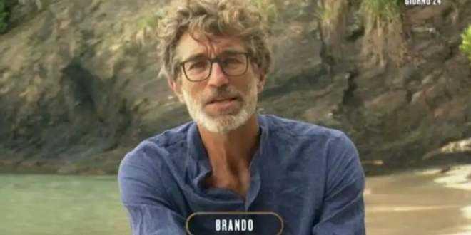 Isola dei Famosi 2021, Brando Giorgi è stato operato: come sta ora