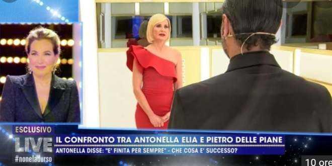 """GF Vip 5, Antonella Elia dà spettacolo dalla d'Urso: """"Io e Pietro siamo tromb*mici"""""""