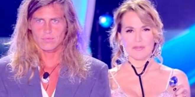 GF 15, Alberto Mezzetti torna a tuonare contro Barbara d'urso: l'affondo velato