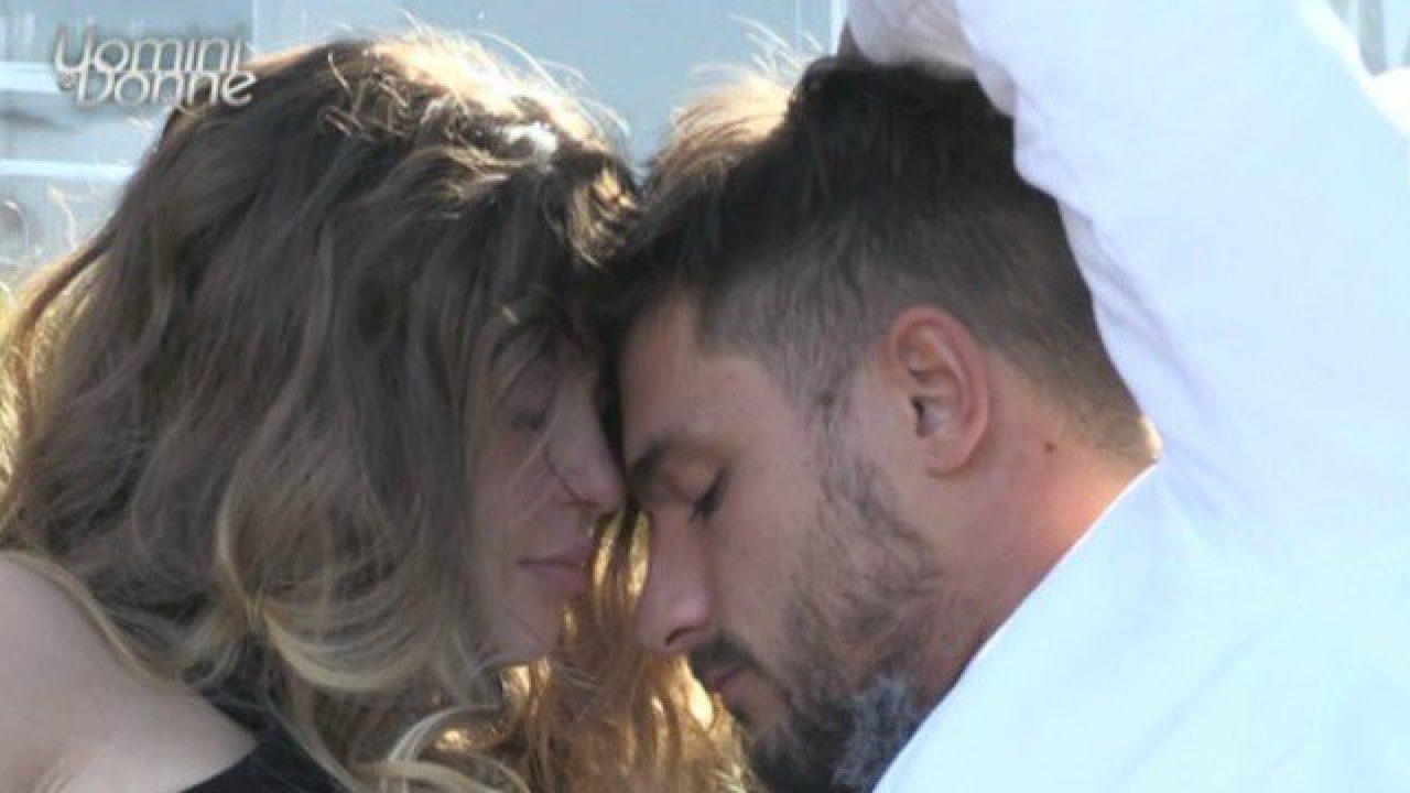 Uomini e Donne anticipazioni, Andrea Zelletta ha scelto Natalia Paragoni?