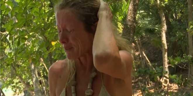 Isola dei Famosi 2021, Angela Melillo scoppia a piangere