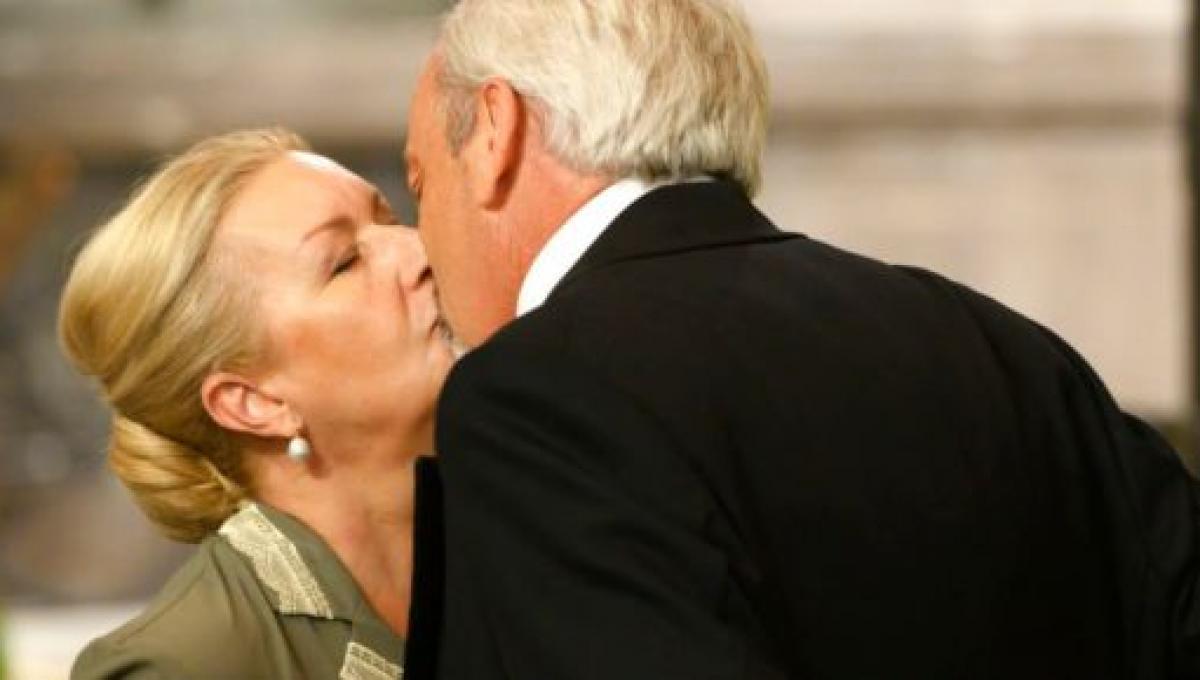 Anticipazioni Una Vita, puntate spagnole: Armando vuole corteggiare Susana ufficialmente