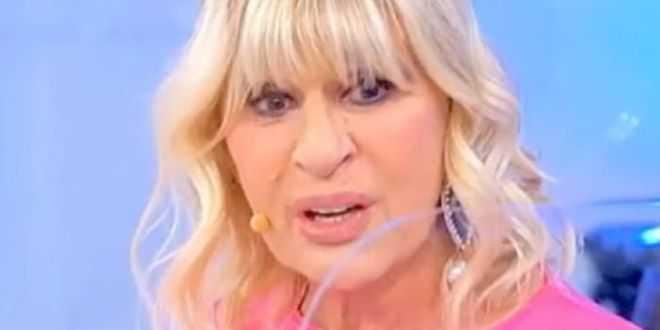 Uomini e donne gossip, bacio di sedici minuti per Gemma Galgani