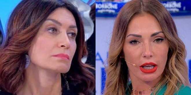 """Uomini e Donne, Barbara De Santi contro Ida Platano: """"Non capisce niente"""""""