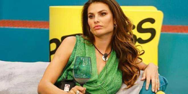 """GF VIP 5, i fan brasiliani dichiarano guerra all'Italia: """"Faremo vincere Dayane Mello"""""""