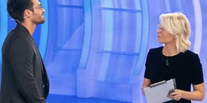 Can Yaman torna a C'è posta per te: svelata la data dell'ospitata tv