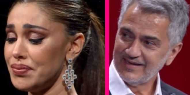Canzone segreta: Belen Rodriguez scoppia a piangere e commuove il pubblico