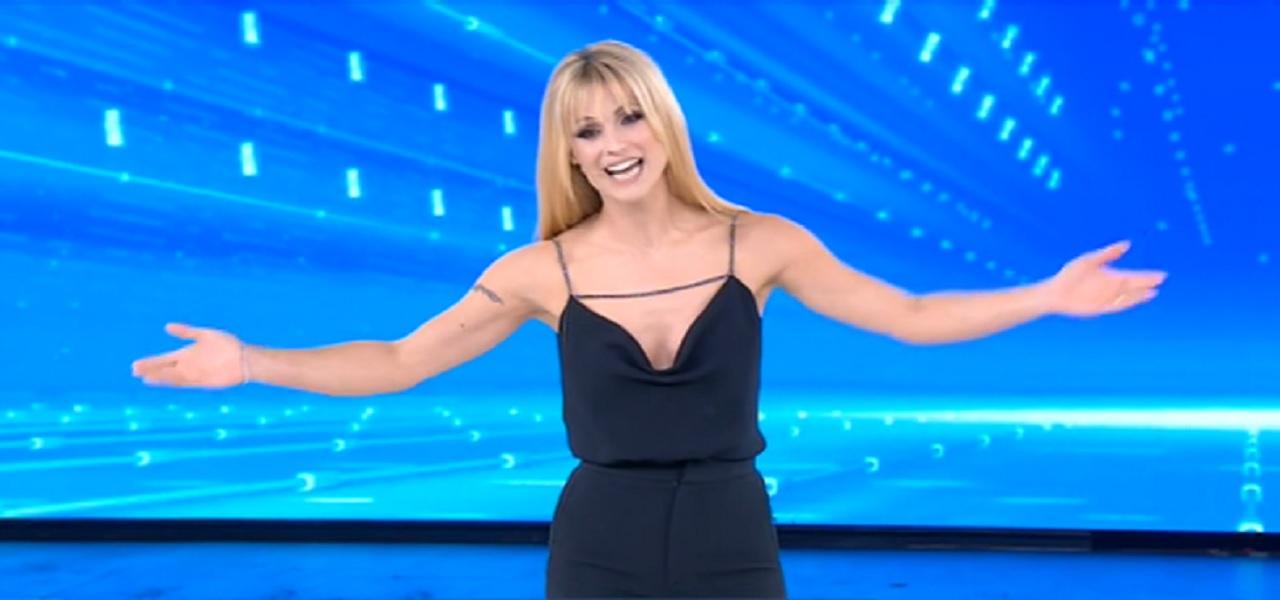Amici Celebrities, senza Maria De Filippi crollo di ascolti: il talent rischia la chiusura?