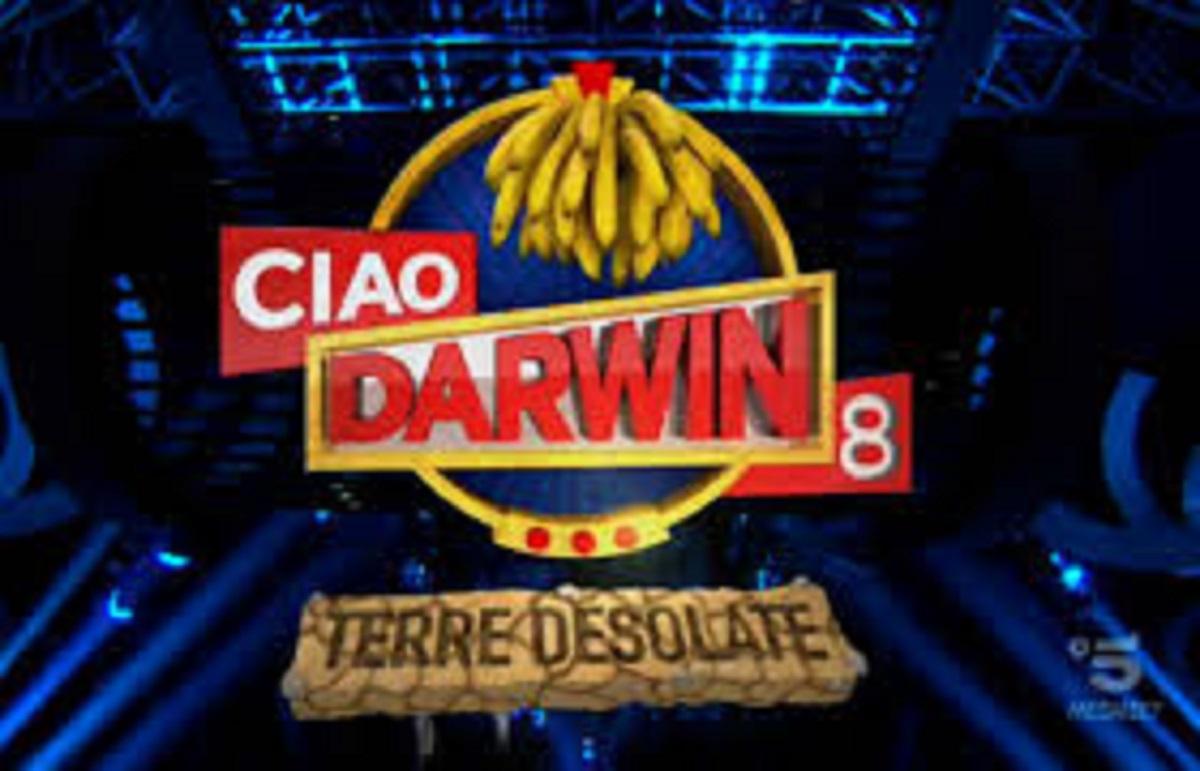Ciao Darwin 8, anticipazioni del 17 maggio 2019: sfida Tv contro Web