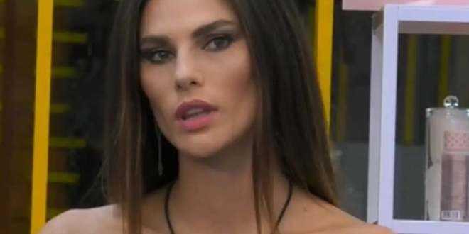 """GF Vip 5, Dayane Mello shock: """"Sono innamorata, ma non di Rosalinda"""""""