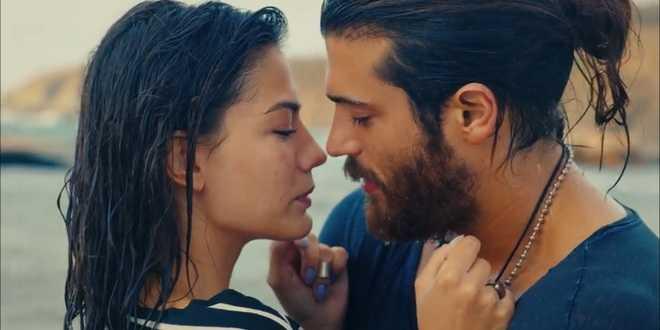 Daydreamer anticipazioni 21 luglio 2020: bacio sfiorato per Can e Sanem
