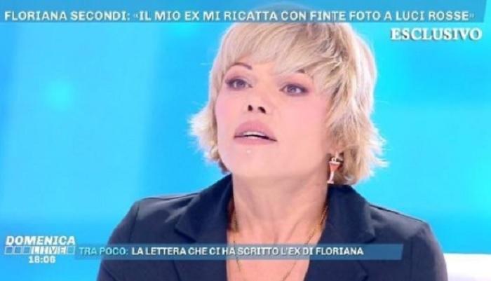 """Domenica Live, Floriana Secondi contro la d'Urso: """"Se lo fai replicare, vado in un…"""""""