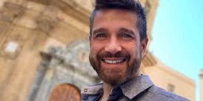 Edoardo Stoppa dice addio a Striscia la notizia: ecco dove lo vedremo in tv