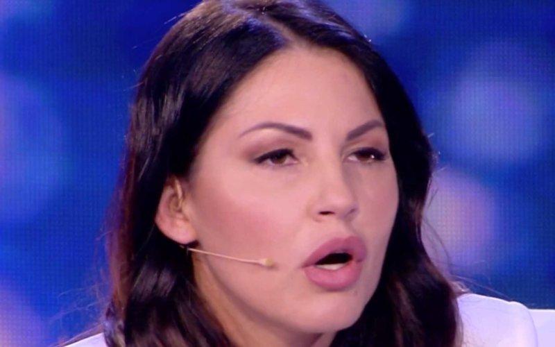"""Eliana Michelazzo offende pesantemente Pamela Perricciolo: """"Sei anche ladra"""""""