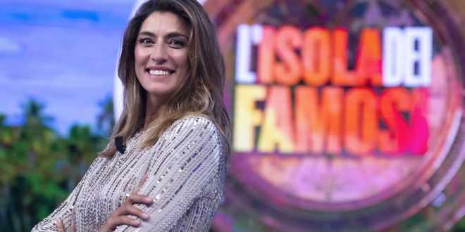 "Elisa Isoardi devastata dall'Isola dei Famosi: ""Peso come a 14 anni"""