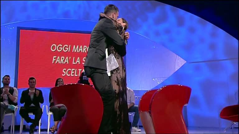 """News Uomini e Donne, ex tronista parla del dramma vissuto dopo il trono: """"Mi sentivo morire"""""""