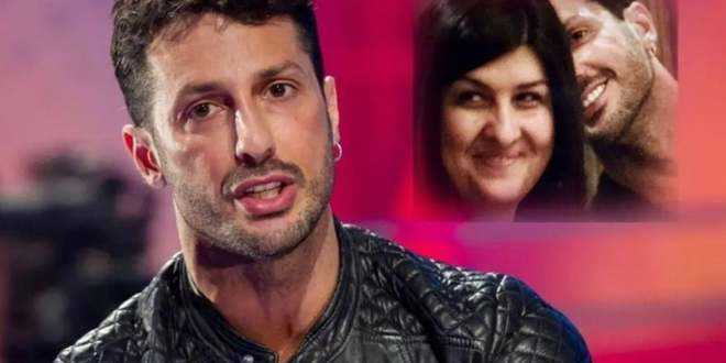 Fabrizio Corona si sposa: ecco chi è la 50enne sposa