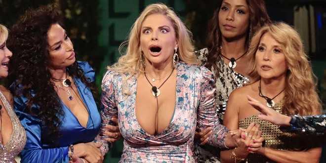 GF Vip, Francesca Cipriani imita Belen Rodriguez: Alfonso Signorini si arrabbia