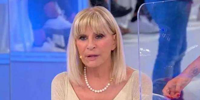 Uomini e Donne, Gemma Galgani ci riprova: ancora un rifiuto per la dama