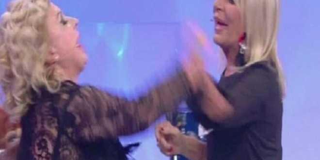 Gemma Galgani minaccia le vie legali contro Tina Cipollari!