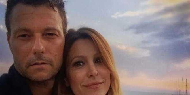 GF Vip 4, Adriana Volpe nega la crisi col marito ma i fatti la smentiscono