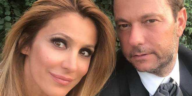 GF Vip 4, la rabbia di Adriana Volpe: il marito fa marcia indietro e scrive