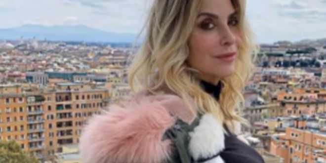 Gf vip 5, Stefania Orlando lontana dalla tv: spuntano i motivi