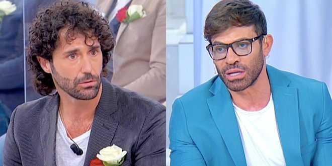 """Uomini e Donne, Gianni Sperti si scaglia contro Luca Cenerelli: """"Un cantastorie costruito"""""""