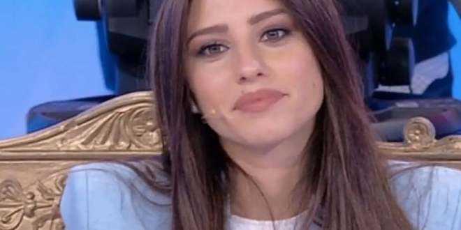 Gossip Uomini e Donne, guai in arrivo per Angela Nasti: l'ex tronista rischia una grossa multa