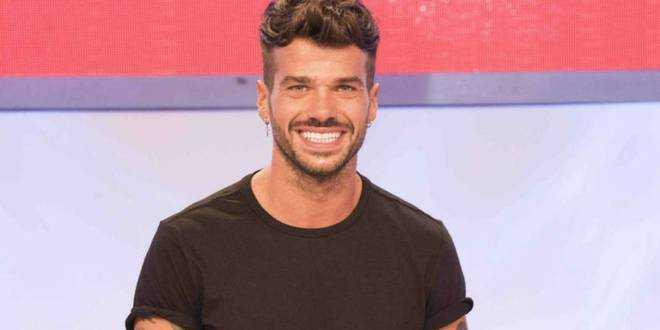 Uomini e Donne news, Il primo tronista Gay Claudio Sona: ecco che fine ha fatto