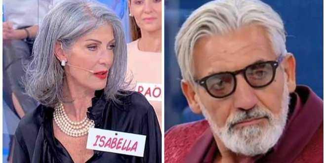 """Biagio sotto accusa a Uomini e Donne: """"Usa le mozzarelle per non pagare il conto"""""""