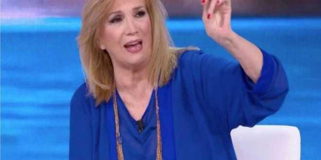 """Isola dei Famosi 2021, Iva Zanicchi: """"Non valgono una cicca"""""""