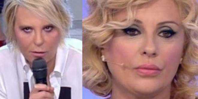 """La De Filippi confessa: """"Le registrazioni di Uomini e Donne un inferno a causa di Tina"""""""