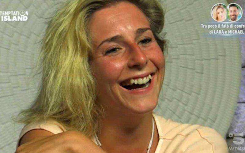Lara Zorzetto sedotta e abbandonata: la disperazione sui social