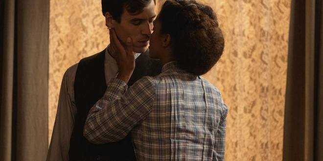 Anticipazioni spagnole Una Vita, Marcia e Santiago si abbandonano alla passione