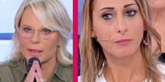 Uomini e Donne: Maria De Filippi sgomenta per i rapporti top-secret di Valentina Dartavilla Lupi