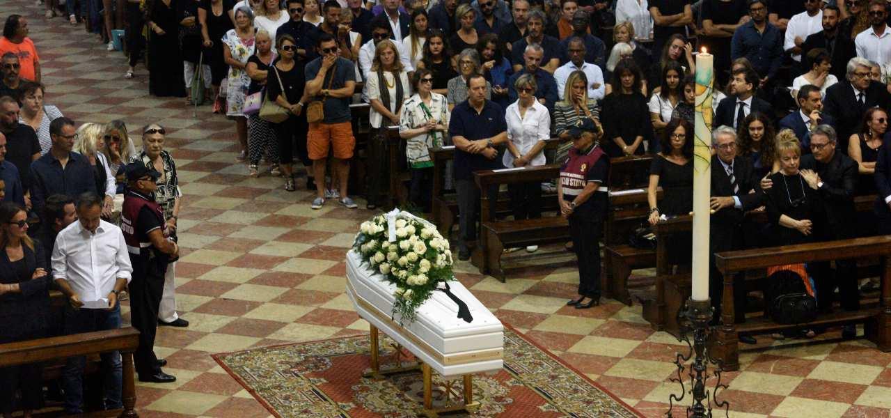 Morta la nonna di Nadia Toffa: non ha retto al dolore