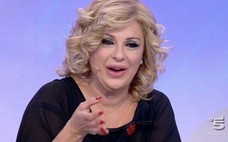 Uomini e Donne gossip, Eliana Michelazzo minacciò Tina Cipollari? Emerge una lettera shock