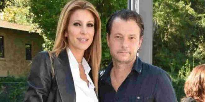 News GF Vip, è finita tra Adriana Volpe e il marito Roberto Parli? Il dettaglio che non sfugge