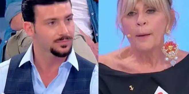 Uomini e Donne, Nicola Vivarelli pagato dalla redazione? L'ipotesi di uno scherzo a Gemma
