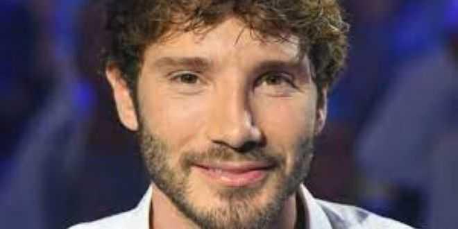 Nuova sfida per Stefano De Martino, torna con un programma in seconda serata