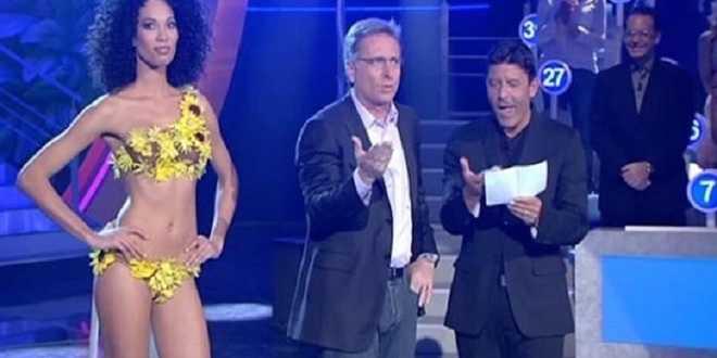 """Paolo Bonolis ancora polemico: """"Mediaset? Manca solo il filmino della mia nascita"""""""