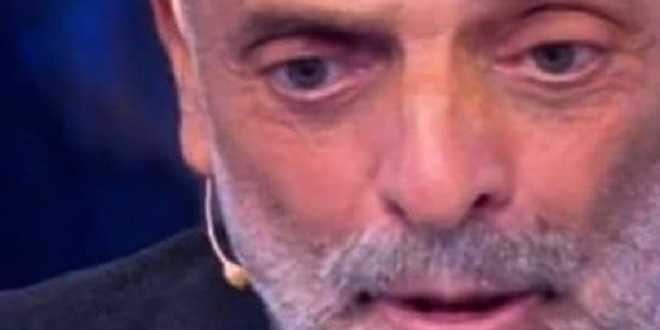 GF Vip 5, Paolo Brosio non sta bene: l'inquietante messaggio