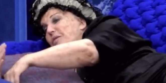 GF Vip 5, Patrizia De Blanck picchiava suo marito e gli diceva ti amo