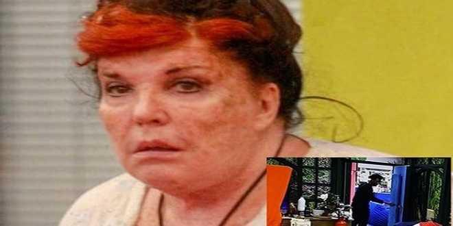 GF Vip 5, Patrizia De Blanck rischia la squalifica: sta nascondendo un oggetto vietato