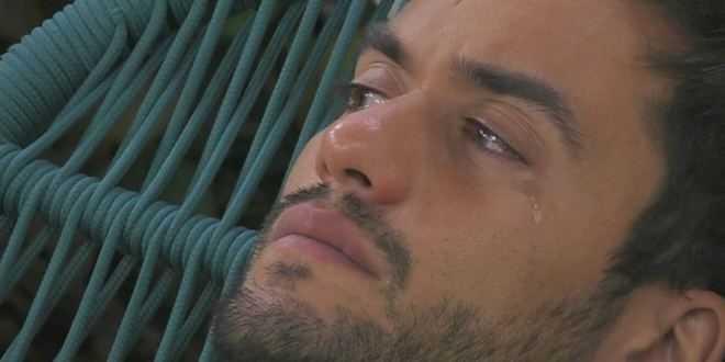 Pierpaolo Petrelli in lacrime: c' entra Giulia Salemi