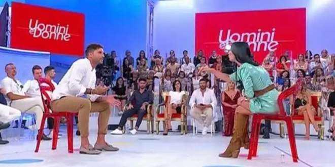 Uomini e Donne, puntata 23-11-2020: Gemma indispettita, Armando deluso da Brunilde
