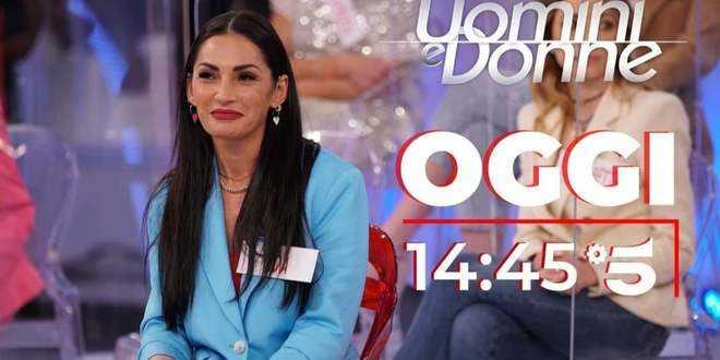 Uomini e Donne, puntata di oggi 15 aprile 2021: il ritorno di Ida Platano