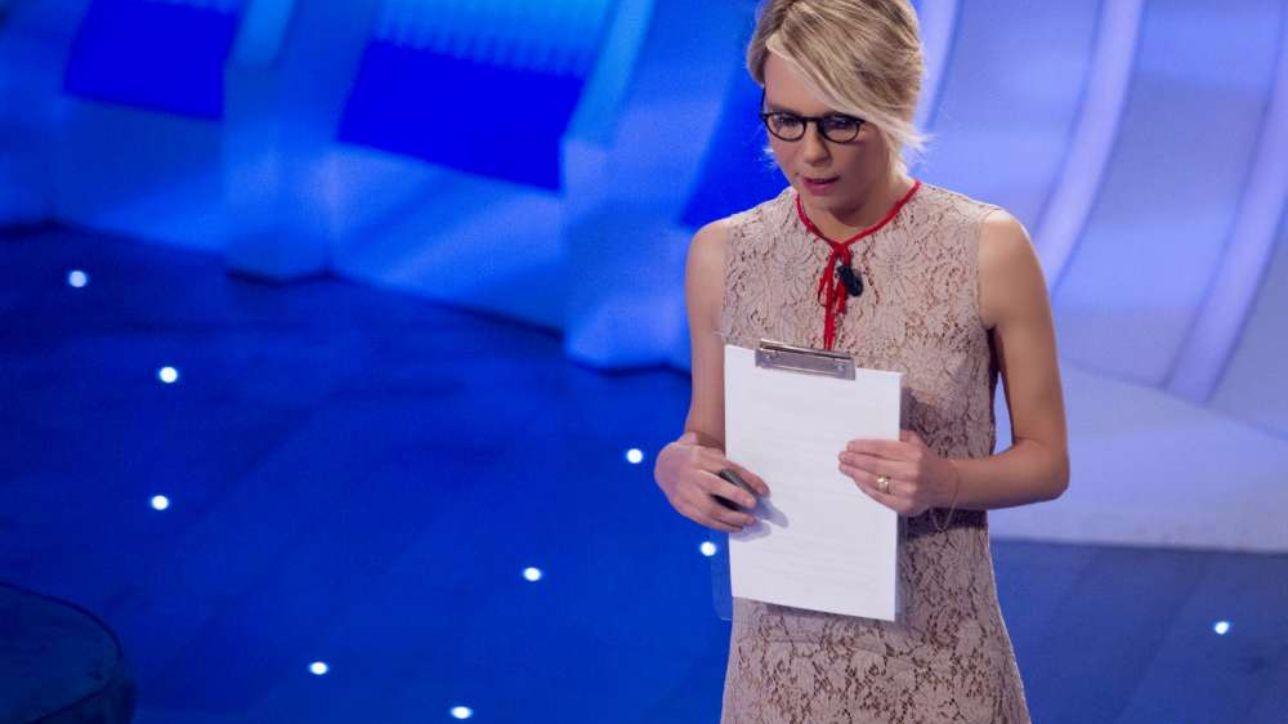 Rivelati i compensi stellari dei conduttori TV! Maria De Filippi al primo posto