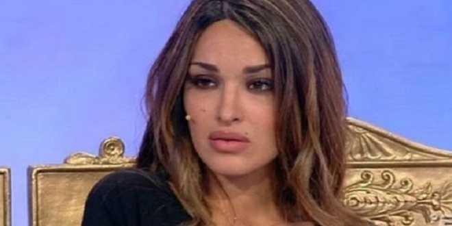 Uomini e Donne news: Rosa Perrotta umilia un fan dopo un semplice apprezzamento